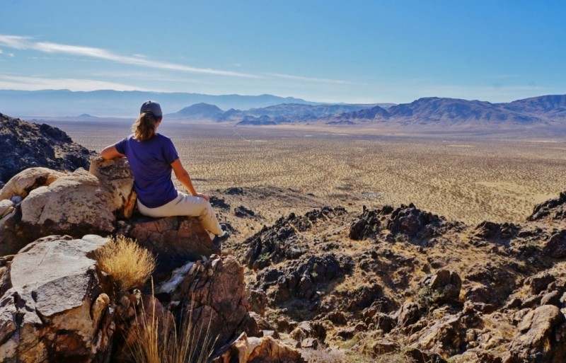 looking-out-from-sawtooth-canyon-towards-the-lucerne-valley